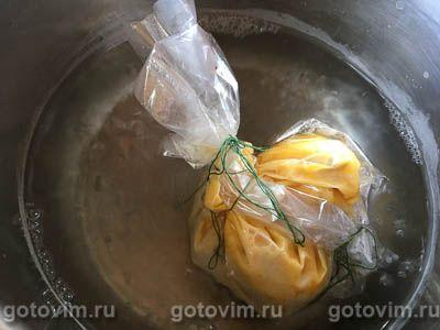 Омлет пашот с ряженкой, черным хлебом и каперсами, Шаг 06