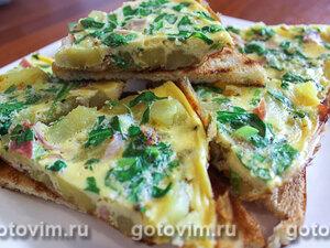 Омлет с картофелем, ветчиной и шпинатом