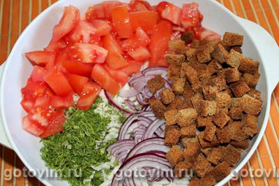 Овощной салат с сухариками, Шаг 02