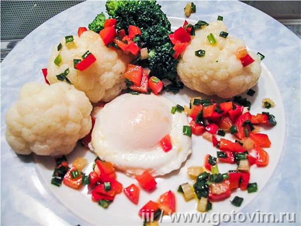 Яйцо пашот с овощами. Фотография рецепта