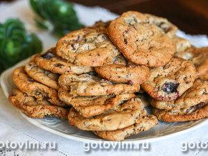 Сахарное печенье с кусочками шоколада