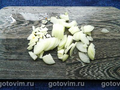 Пельмени тушеные в сковороде, Шаг 02