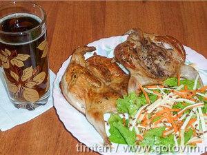 Перепёлки а-ля «тапака» с легким салатом