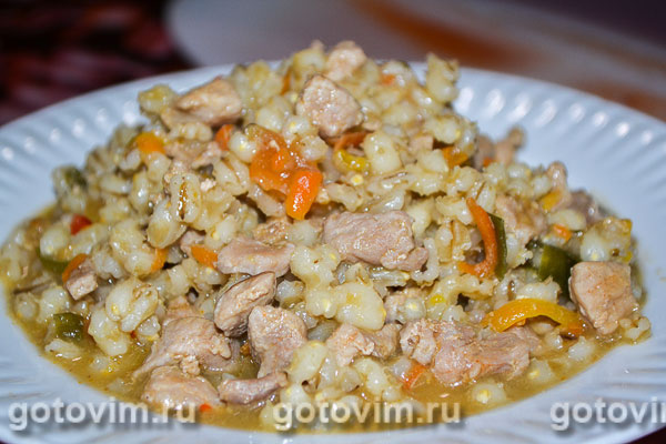 Перловка с мясом рецепт на сковороде с пошагово в