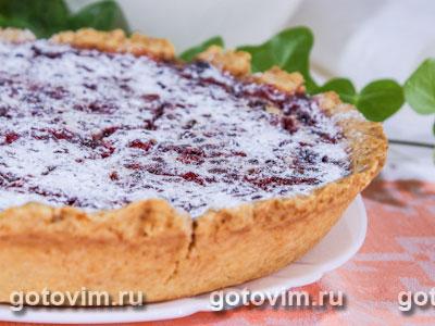 Пирог с брусникой и сливками. Фотография рецепта