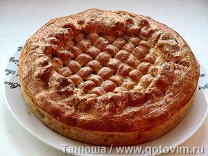 Пирог с кашей и кислой капустой
