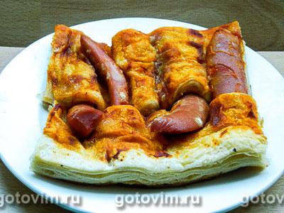 Фотография рецепта Плетеный пирог с сосисками