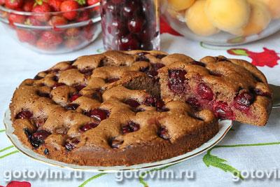 Шоколадный пирог с вишней. Фотография рецепта