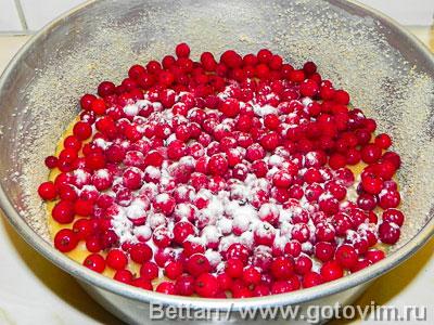 Пирог-тянучка со смородиной, Шаг 04