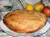 Пирог с яблоками и карамелью