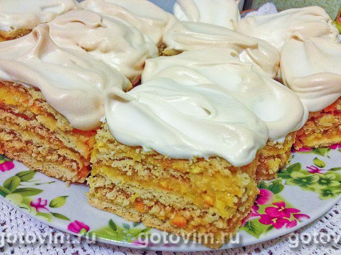 Апельсиновые пирожные с безе. Фотография рецепта