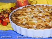 Пирог с персиками и бри