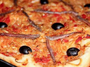 Писсаладьер (французский луковый пирог)