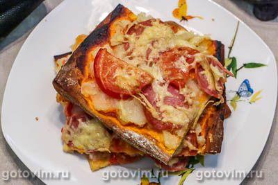 Пицца из готового теста с колбасой и картофельным пюре