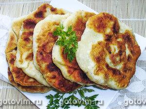 Молдавские лепешки плацинды с картофелем и курицей