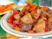 Овощное рагу с мясом и красным вином