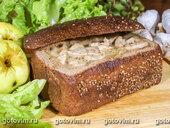 Рагу в хлебе с коричневым сахаром