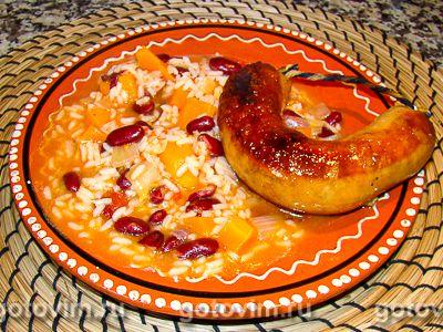 Рис с фасолью по-португальски