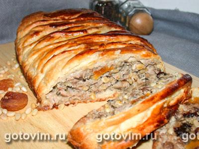 мясной рулет в слоеном тесте рецепт с фото