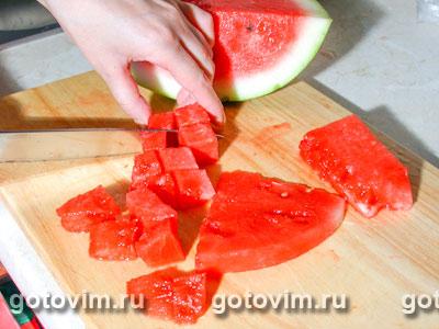 Фотографии рецепта Салат из арбуза с сыром фета, Шаг 01