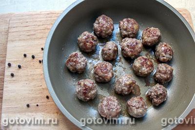 Салат для пикника с фрикадельками и рассольным сыром, Шаг 03
