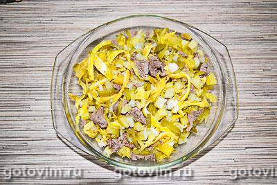 Мясной салат с говядиной и яичными блинчиками, Шаг 07