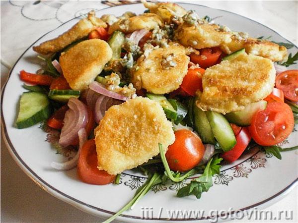 Салат с жареным сыром сулугуни изоражения