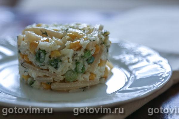 Рисовый салат с кальмарами . Фотография рецепта