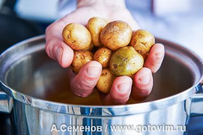 Салат из молодого картофеля и жареных кальмаров, Шаг 04