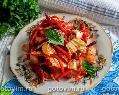 Корейский салат с куриными желудками. Фотография рецепта