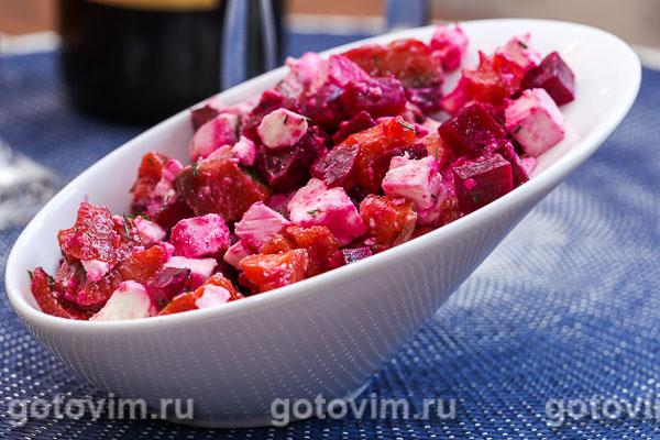 салат с красной рыбой и свеклой рецепт с фото