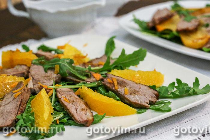 Салат из утки с ананасами