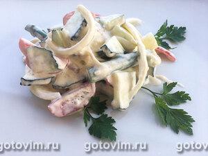 Овощной салат со спаржей и яйцом