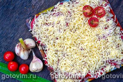 Слоеный салат из языка с овощами «Язык дракона». Фотография рецепта