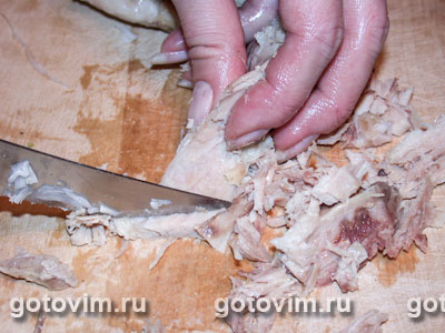 Салат капустный с курицей и грушей, Шаг 02