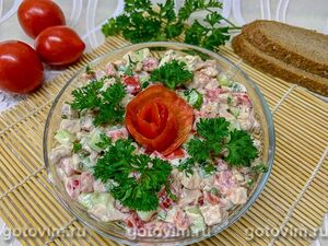 Салат из мяса кролика с огурцами и помидорами