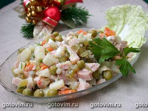 Салат с копченой курицей (а-ля «Оливье»)
