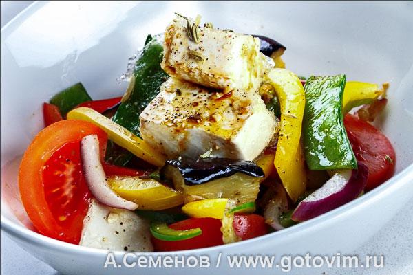 Тёплый салат из баклажанов изоражения