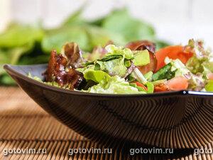 Салат с щавелем и беконом