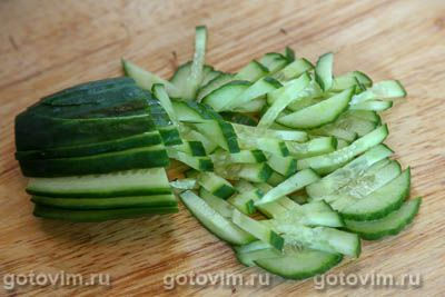 Салат из свеклы и огурцов с горчичной заправкой, Шаг 01