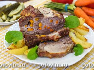 Запеченная свиная шейка с морковью