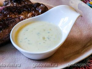 Соус из сыра с голубой плесенью и сидром