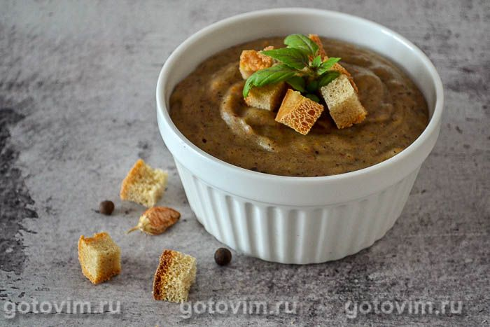 Гречневый суп-пюре с овощами и грибами
