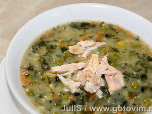 Суп с крапивой, снытью и зеленым горошком