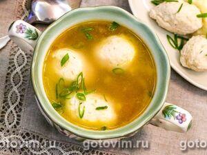 Овощной суп с куриными кнелями