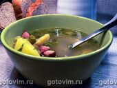 Суп из зеленого горошка с копчеными ребрышками