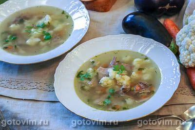 Суп с цветной капустой и зеленым горошком