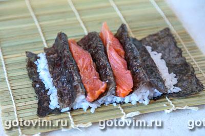 Фотографии рецепта Cуши «Ягодки», Шаг 04