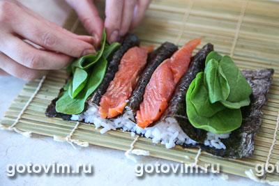 Фотографии рецепта Cуши «Ягодки», Шаг 05
