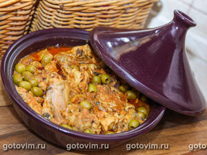 Тажин из курицы с лимоном и оливками